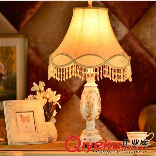 台灯,壁灯 现货欧式复古装饰台灯卧室床头古典树脂光
