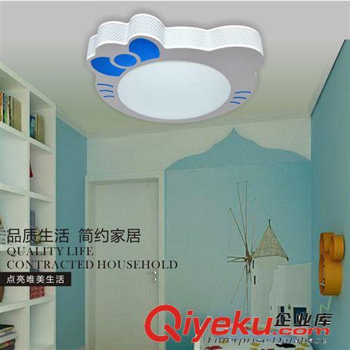 女孩房间设计图卧室图片kt猫