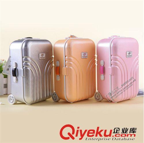 厂家直销迷你创意个性塑料旋转音乐盒/八音盒行李箱