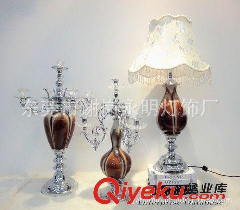 欧式棕色陶瓷银色水晶烛台2件套