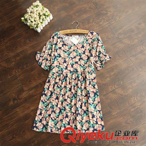 夏季新款短袖复古森系小高腰连衣裙小碎花朵