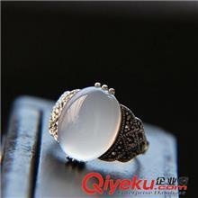 925纯银戒指 纳福阁银饰批发 泰国老银匠925纯银镶白玉髓戒指环 复古泰银女戒
