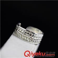 925纯银戒指 纳福阁银饰批发 **s925纯银戒指 女士银尾戒 树叶开口银指环