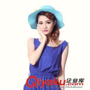 女装拍摄 子道广告帽子拍照 模特照相 淘宝产品美女照相 网店服务