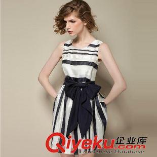 大牌外贸服装��-)��(:`d_外贸波西米亚风格 欧美大牌竖条纹 修身蓬蓬裙新款连衣裙