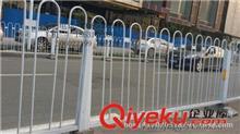 护栏网 厂家定做市政护栏网,锌钢浸塑 框架护栏 双边丝护栏 质优价廉