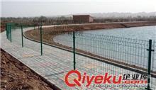 护栏网 批发池塘双边丝护栏网 鱼塘框架护栏网 圈地护栏 养殖专用护栏网