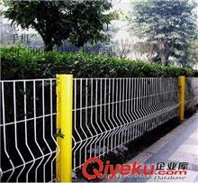 护栏网 厂家定做市政护栏网,浸塑双边丝护栏网 桃形柱护栏网 质优价廉