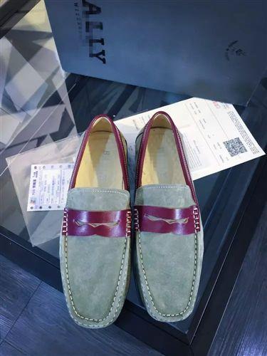 2015年5月上旬 新款真皮豆豆鞋男休闲鞋一件