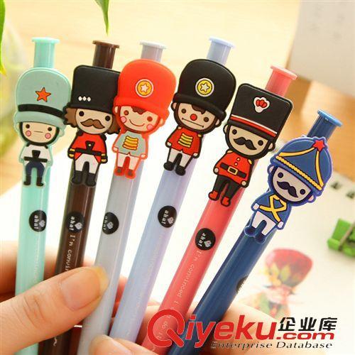 新品上市 韩国水笔批发 可爱按动中性笔 英国士兵卡通创意中油性笔